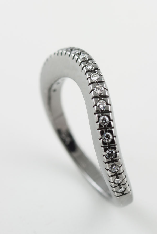 18K WHITE GOLD WITH BLACK RHODIUM PLATING, AND DIAMOND RING