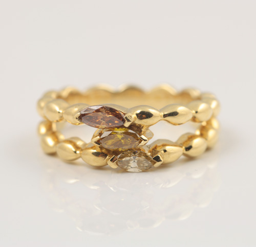 18K YELLOW GOLD, YELLOW, CHAMPAGNE AND COGNAC DIAMOND RING