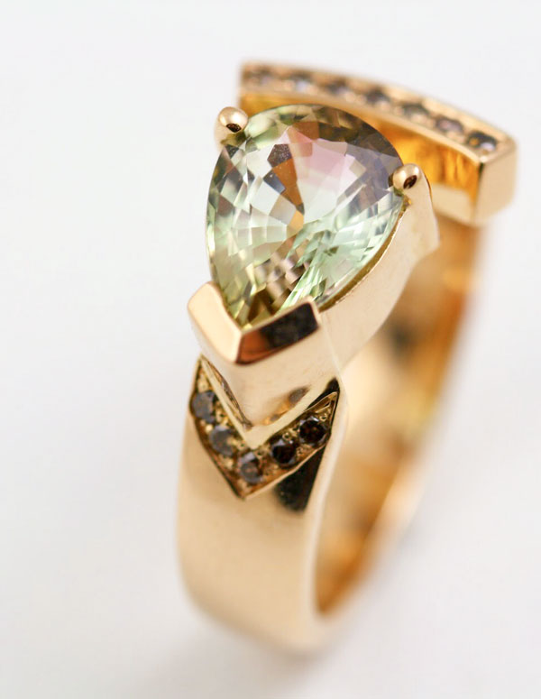 18K ROSE GOLD TOURMALINE AND CHAMPAGNE DIAMOND RING