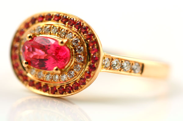 18K ROSE GOLD, SPINEL AND DIAMOND RING