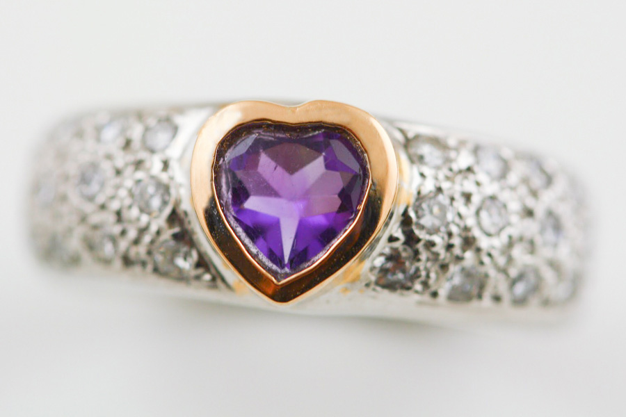 18K WHITE AND ROSE GOLD, AMETHYST AND DIAMOND RING