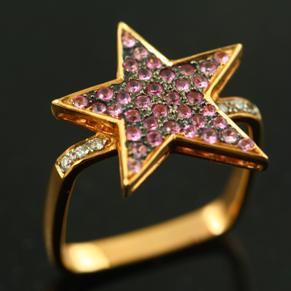18K ROSE GOLD, PINK SAPPHIRE AND DIAMOND RING