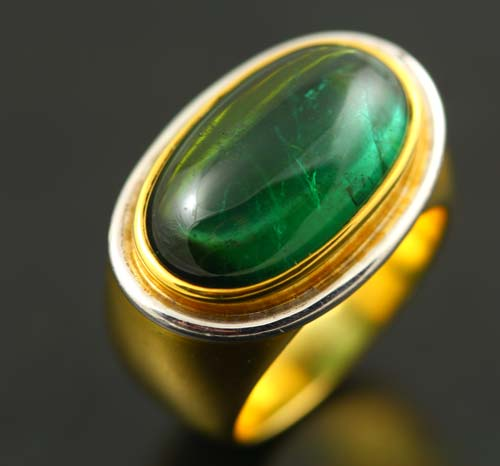18K YELLOW AND WHITE GOLD, INDICOLITE TOURMALINE CABOCHON RING