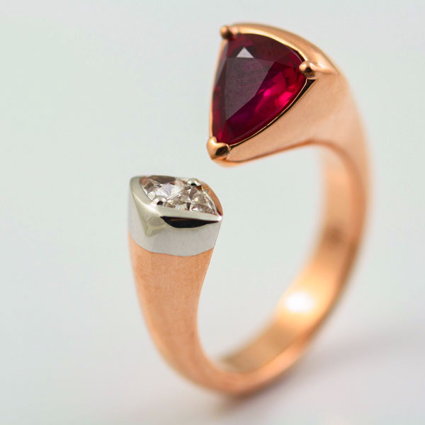 18K ROSE AND WHITE GOLD, RUBY AND DIAMOND RING