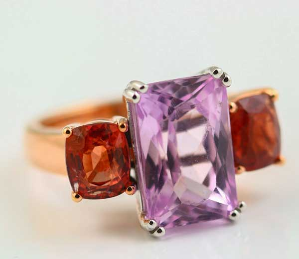 18K WHITE AND ROSE GOLD, KUNZITE AND SPINEL RING