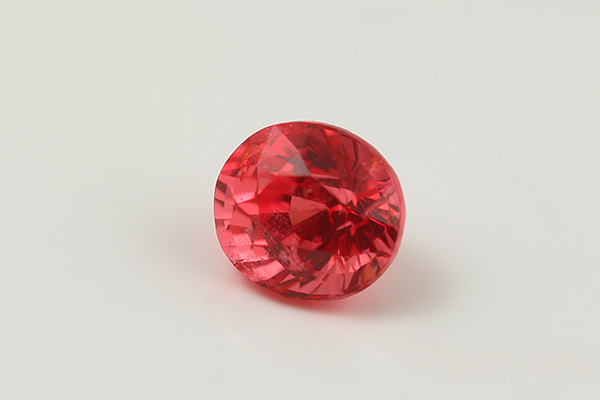 NATURAL ORANGISH PINK SPINEL